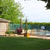 Entrée de la piscine commune.