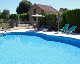 "Gîte Gite ""La Prairie""* avec piscine privée"